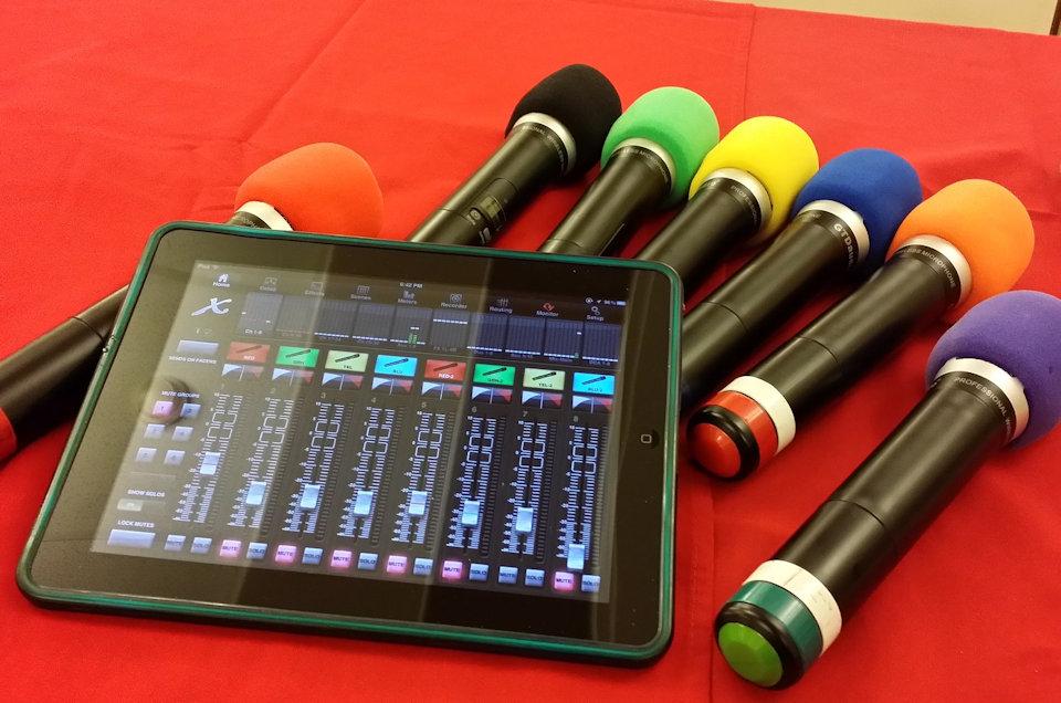 Wireless microphones with ipad