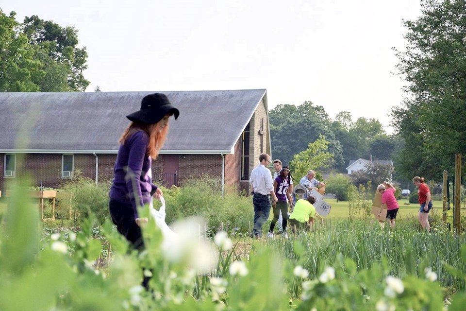 Gardeners at Sunnyside United Methodist Church