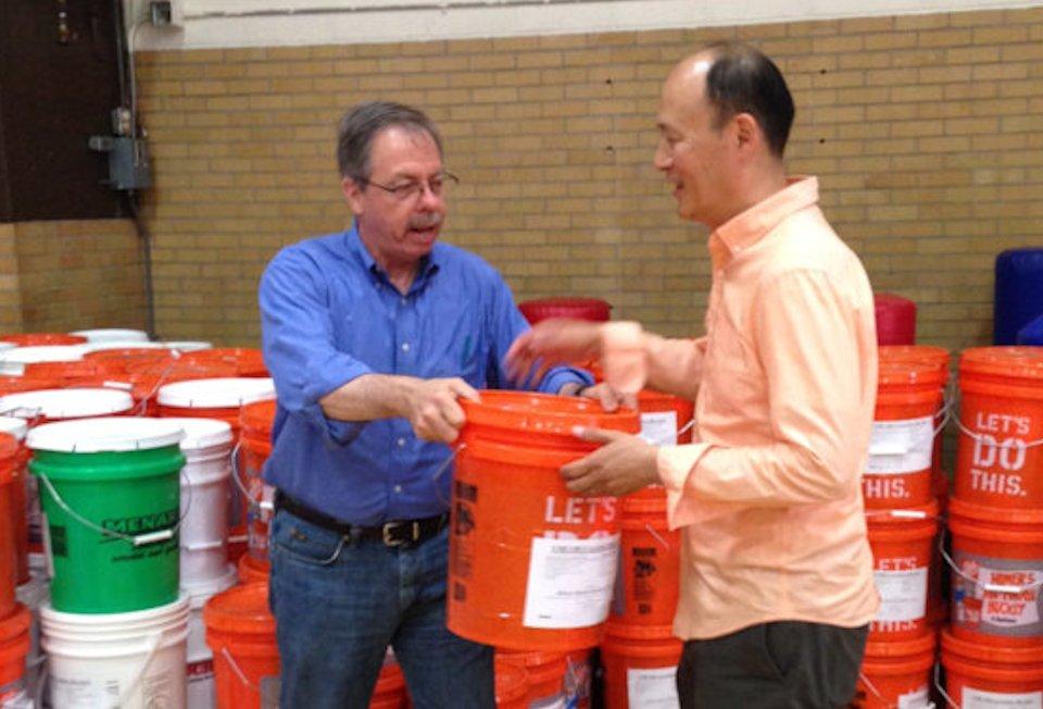 UMCOR, Midland Flood 2, David Kim, Bob Miller, cleaning kits