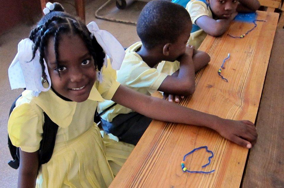 Haitin school childreln