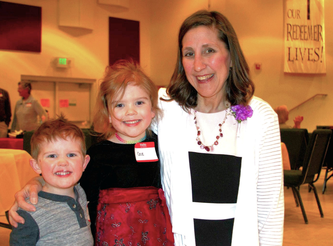 Anita Hahn with two children