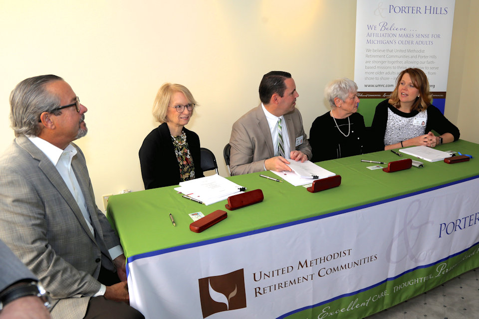 UMRC and Porter Hills officers announce affiliation