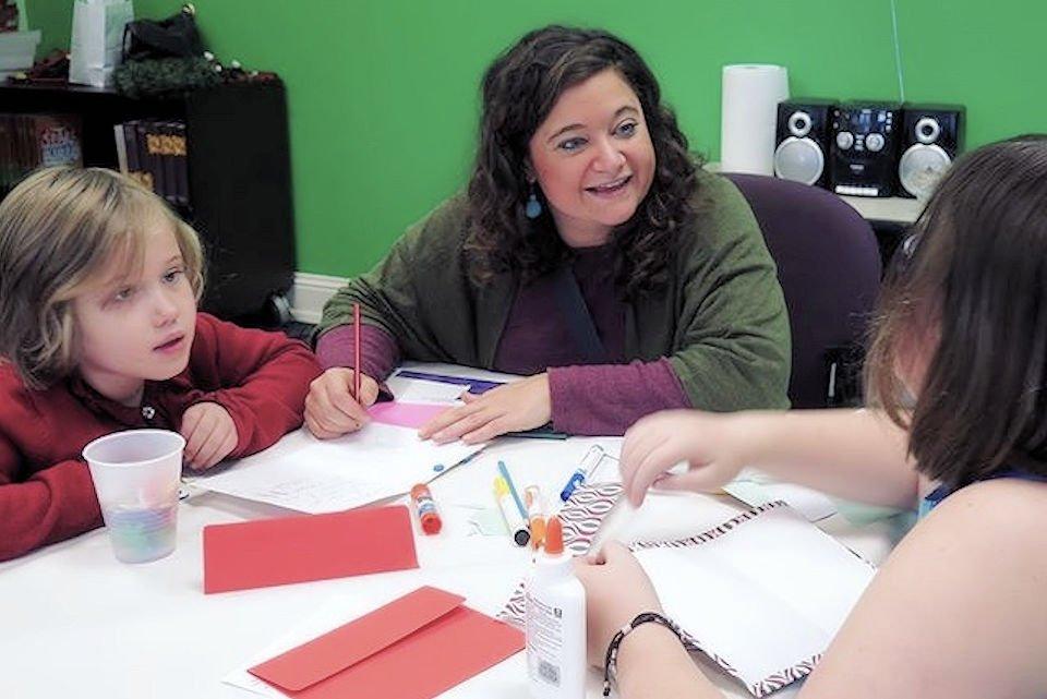 artist with children