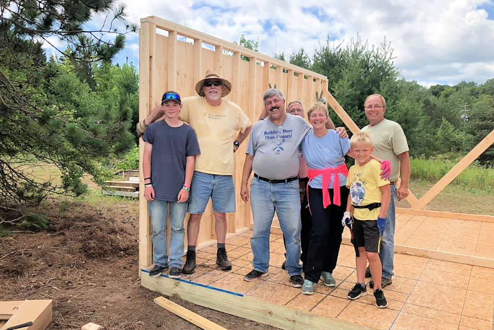 Caledonia and Middleville volunteers up north
