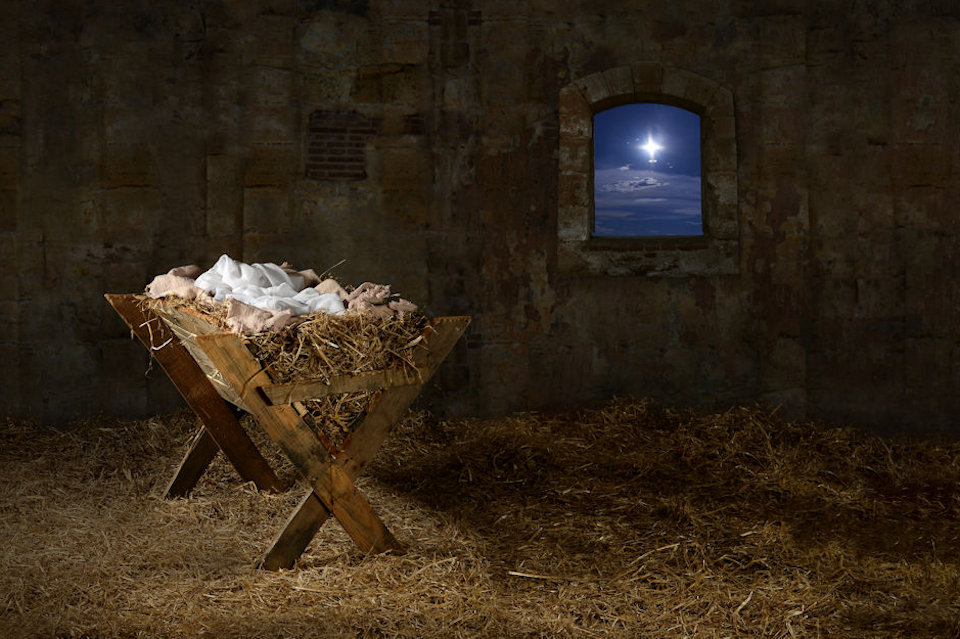 A manger with star