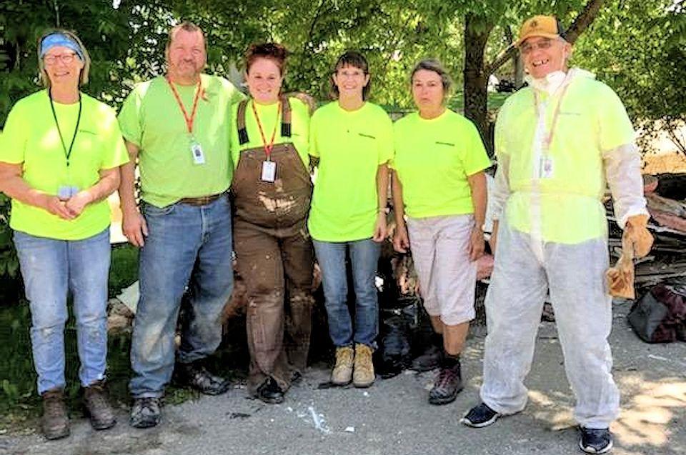 Early Response Teams help neighbors in Gladwin