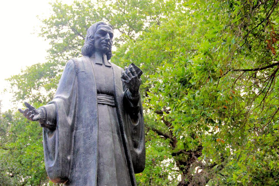 John Wesley statue in Savannah, GA, GA