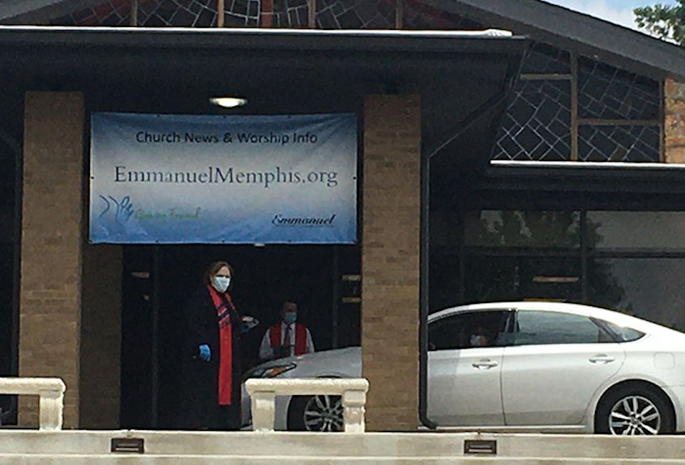 Seniors receive drive-thru communion