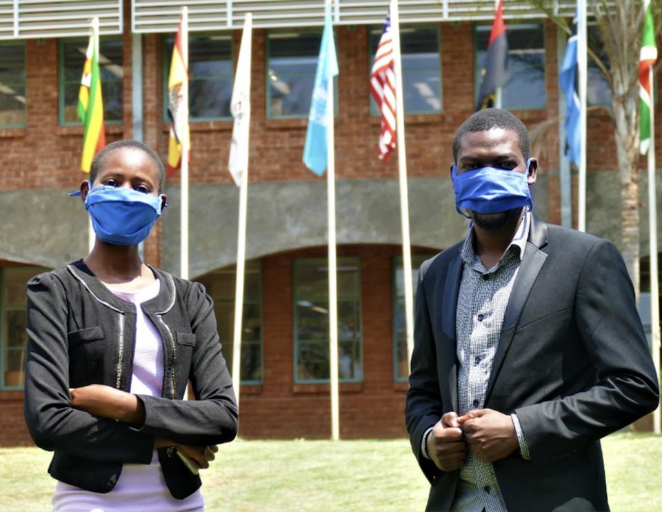 AU students