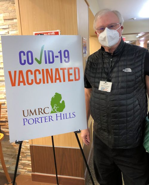 Pastor receives coronavirus vaccine