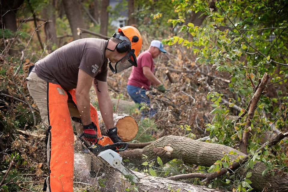 Chainsaws clean up in Iowa