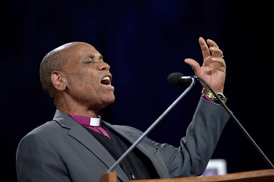 Zimbabwe Bishop Nhiwatiwa