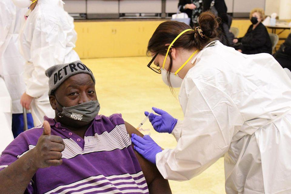 NOAH Project guest receives vaccination