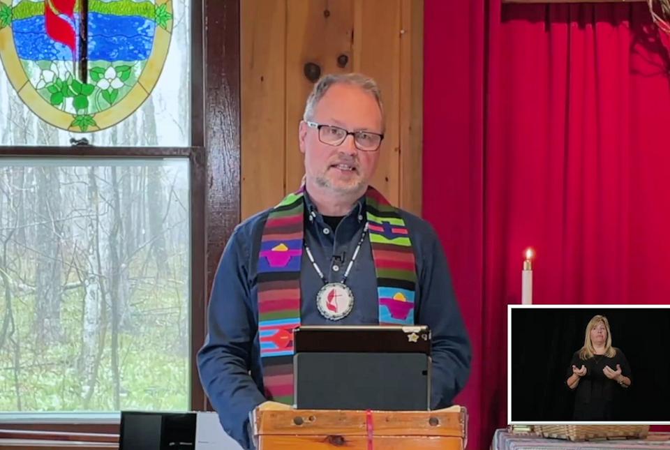 Pastor Jonathan Mays of Greensky Hill UMC