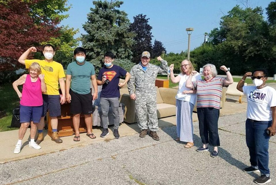 Neighbors from TroyHope help Beverly Hills UMC
