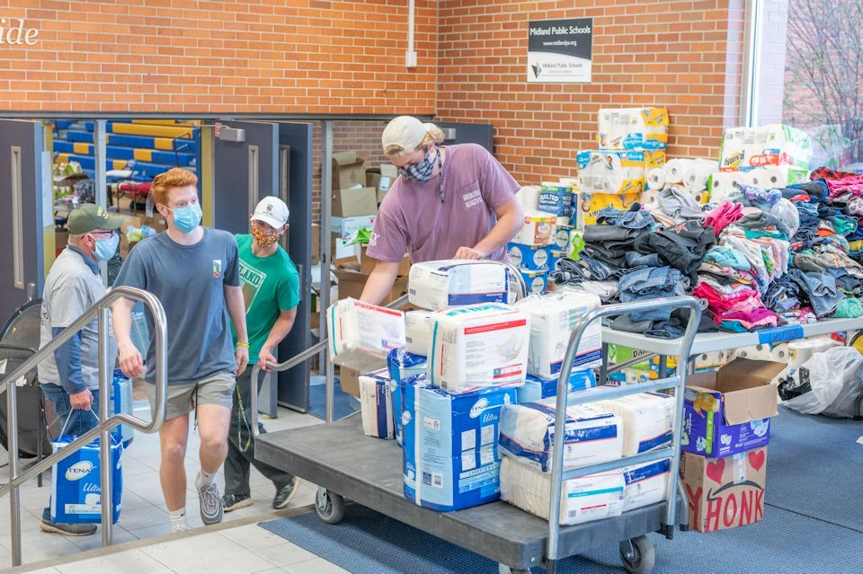 Disasters bring neighbors together